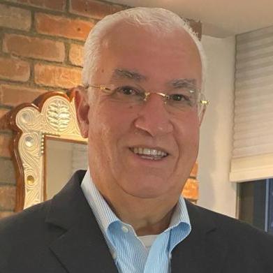 Mario Báez