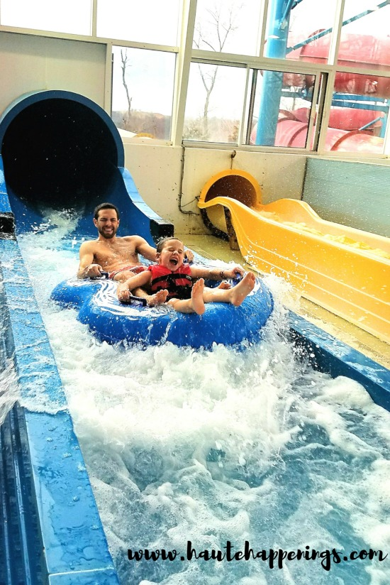 Check out this HUGE Indiana indoor water park!