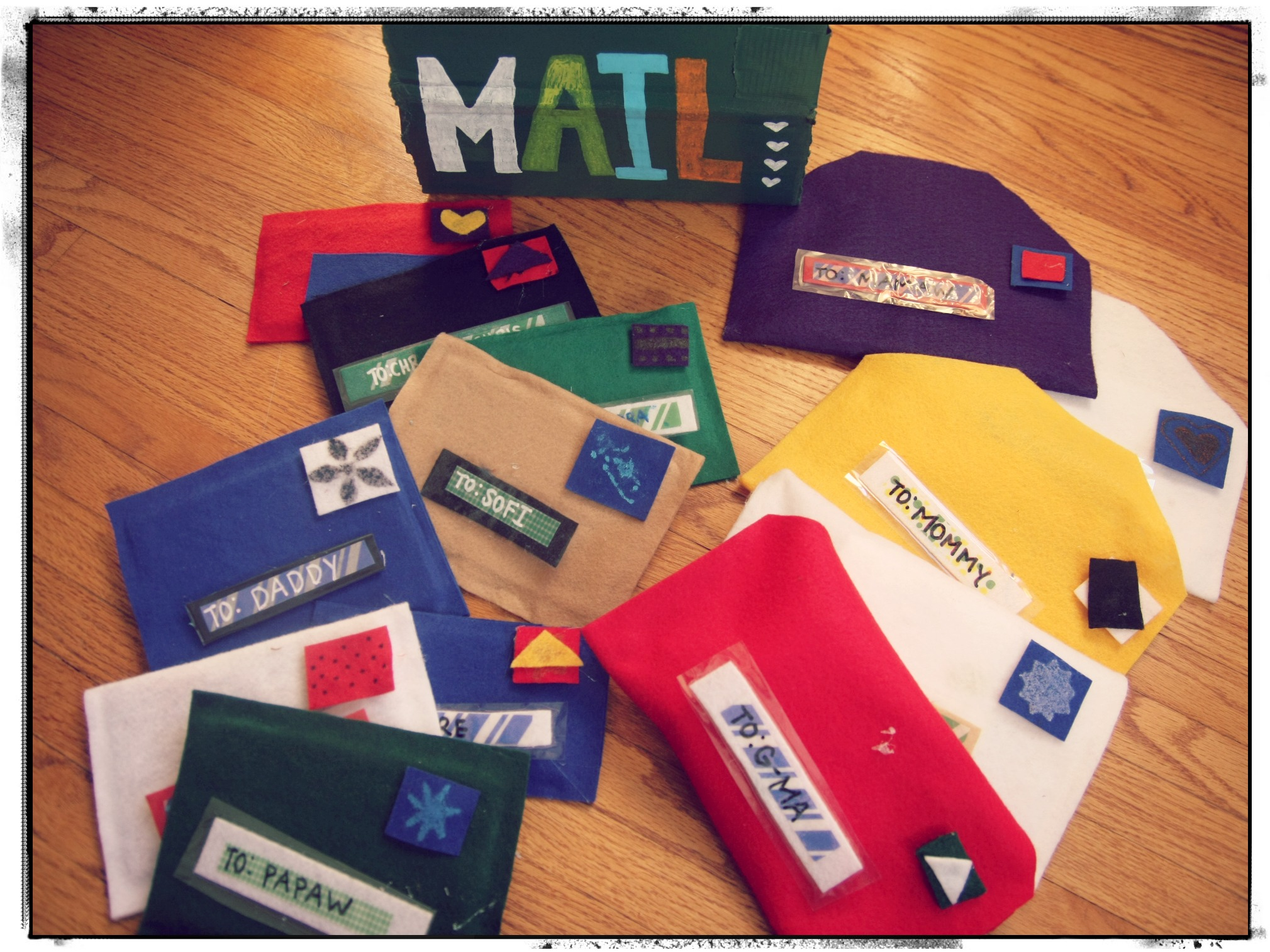 Easy No Sew Mail And Play Mailbox
