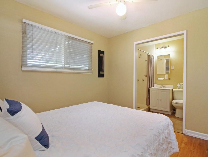 12 Master Bedroom Toward Front