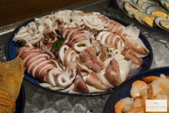 Review MoMo Café Buffet Surf & Turf - Marriott Sathorn Vista