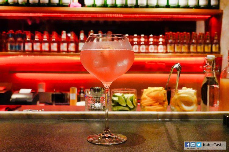 Silver Foxxx (290 บาท) (Johnny Walker Blender's Batch, grapefruit juice, egg white)