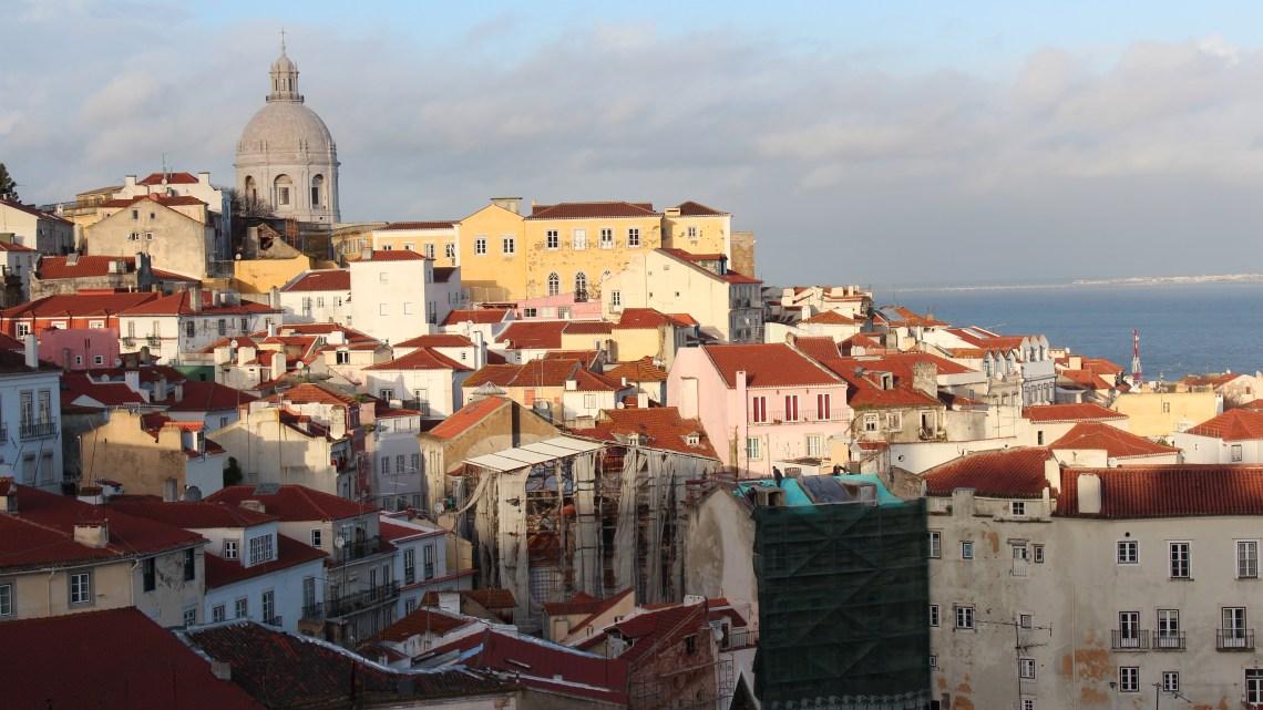 Bairro Alto et Alfama, 2 quartiers à ne pas manquer…8 mars 2013