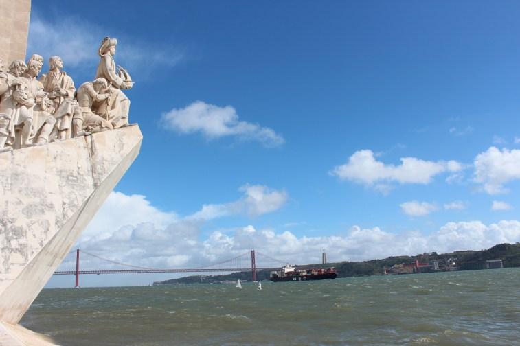 Le Monument des Découvertes, le pont et Cristo Rei