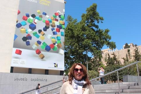 Devant le musée de l'Acropole