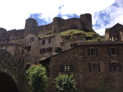 Brousse le Château