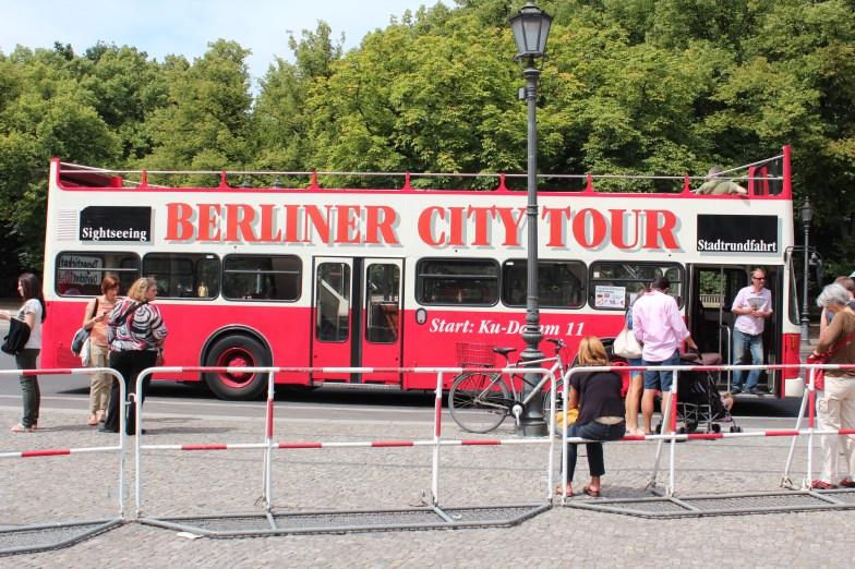 inévitables bus touristiques