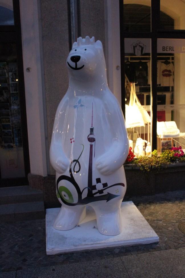 Des ours, il y en a partout