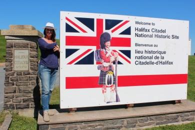 le drapeau anglais flotte encore au Canada