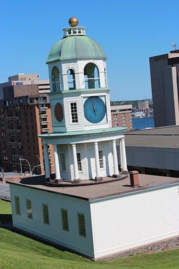 la vieille tour de l'horloge du prince Edouard