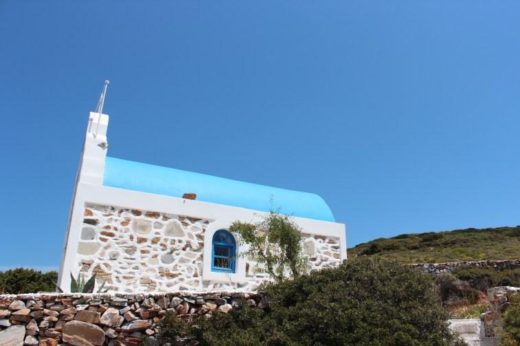 le bleu des chapelles et celui du ciel...une merveille