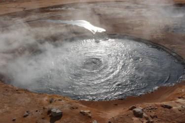 Namafjall..évents de vapeur et marmites de boue