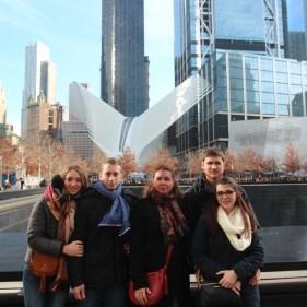 Devant le mémorial 9/11