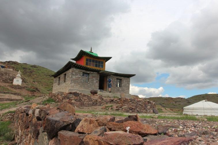 il reste quelques monastères