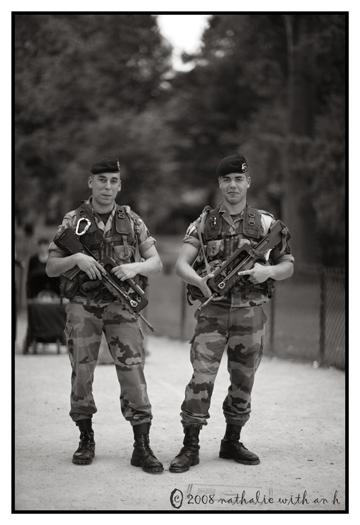 Army men with big gun