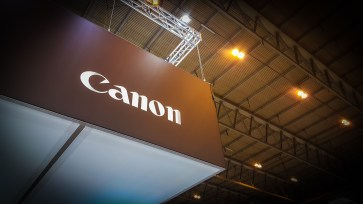 Canon stage