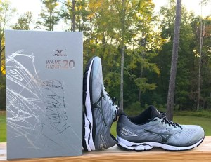 shoe-unboxing-mizuno-waverider20