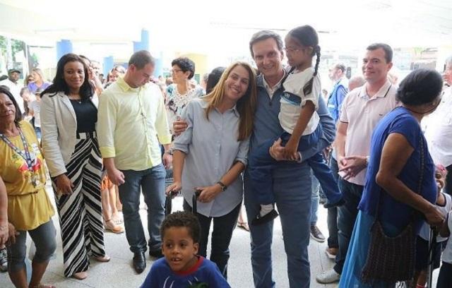 Crivella reinaugura Vila Olímpica em Vila Isabel