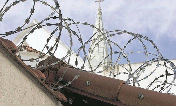 Igrejas do Rio sofrem, em média, cinco assaltos por semana