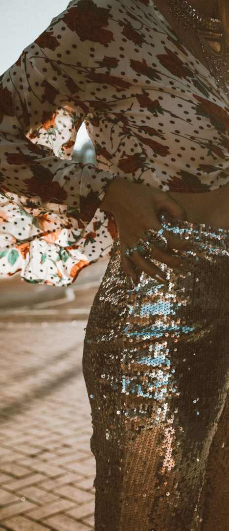 lasula-silver-sequin-pants