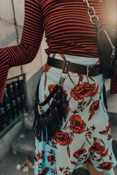 lindex-flower-skirt-street-style-10