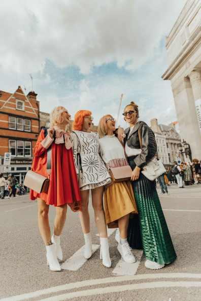 london-fashion-week-street-style-bloggers-2