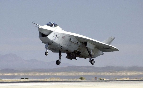 Boeing's X-32: The Plane That Could Have Replaced the F-35 ...