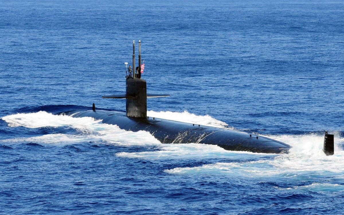 Afbeeldingsresultaat voor submarine underwater