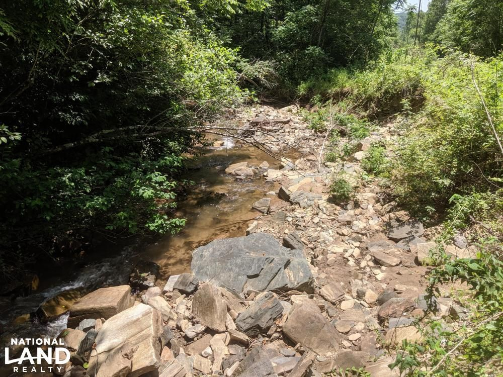 Peppers Creek Property with Views
