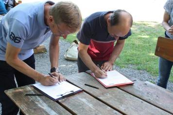 Gelungener Kooperationsauftakt für interkulturelle Jugendangebote im Nationalpark Eifel | © Simon Hesselmann | nationalparkseelsorge.de