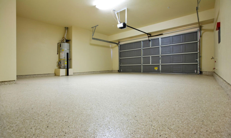 Decorative Paint Flake Garage Floor
