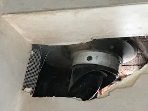 Flue closed in by partition