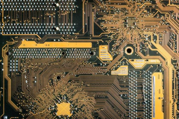 Why Thousands Of Swedes Are Inserting Microchips Into Themselves