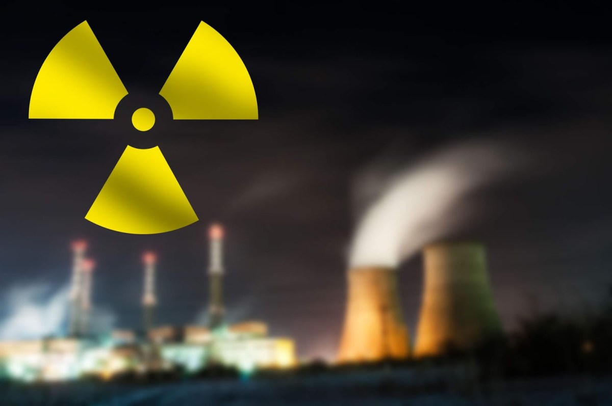 """Fukushima is """"An Ongoing Global Radiological Catastrophe"""" & """"A Huge Coverup"""" – Dr. Helen Caldicott"""