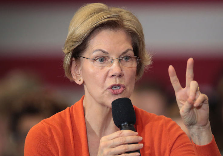 Warren Says She's the Only Candidate With Executive Branch Experience