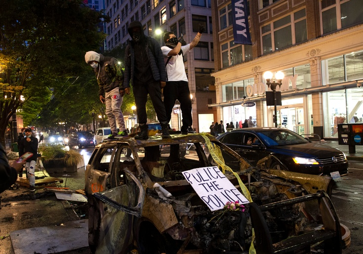 Seattle Police to Clear Out 'Lawless and Brutal' Protest Zone