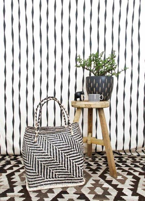black-white-decor