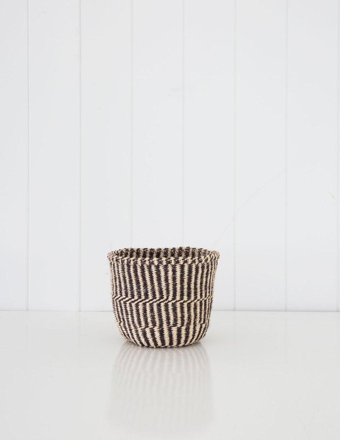 fine-weave-basket-s-2-nativeinteriors.com