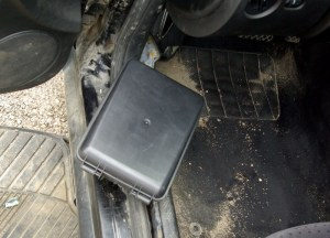 How to Repair the Comfort Control Module (CCM) for the Volkswagen Passat | Nathan and Kathy's Blog