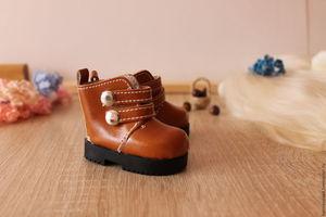 गुड़िया के लिए जूते कैसे बनाएँ