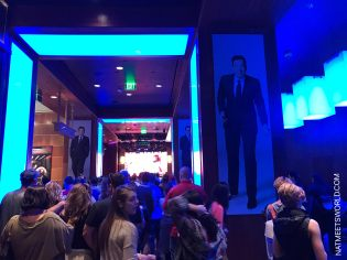 As you can see, those who held a blue card were called to the ride based on the lights in this room.