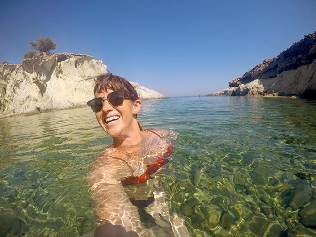 Enjoying the beaches in Milos // Nattie on the Road