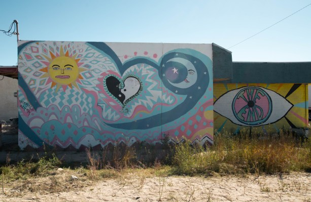 Awesome street art in Yucca Valley