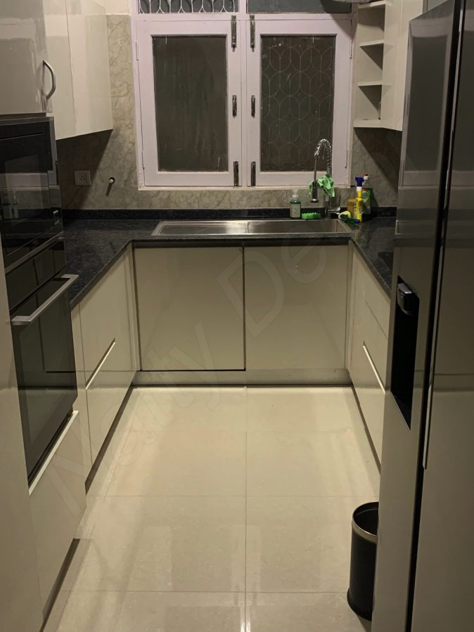 frontal image of acrylic kitchen