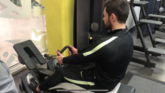 exercice-musculation-dos-tirage-horizontale