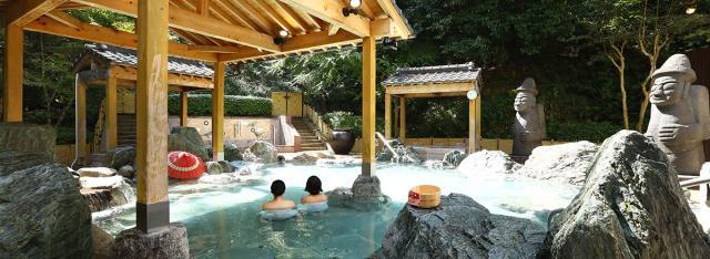 レオマの森の露天風呂