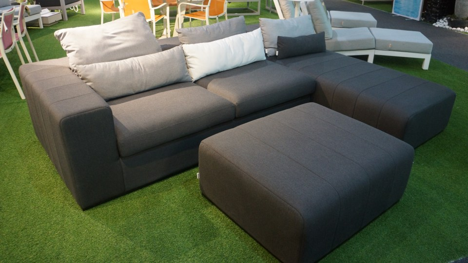 Great Outdoor Bonanza – Sofa Sets