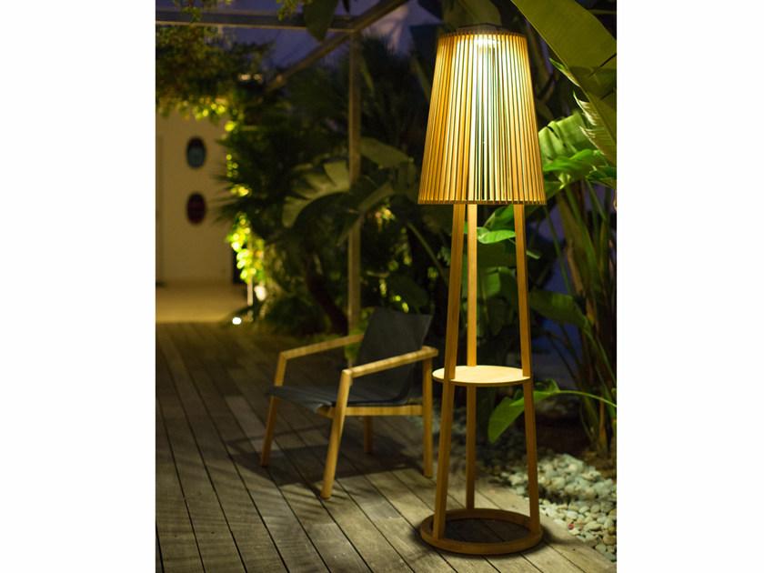 TINKA Solar Lamp Post