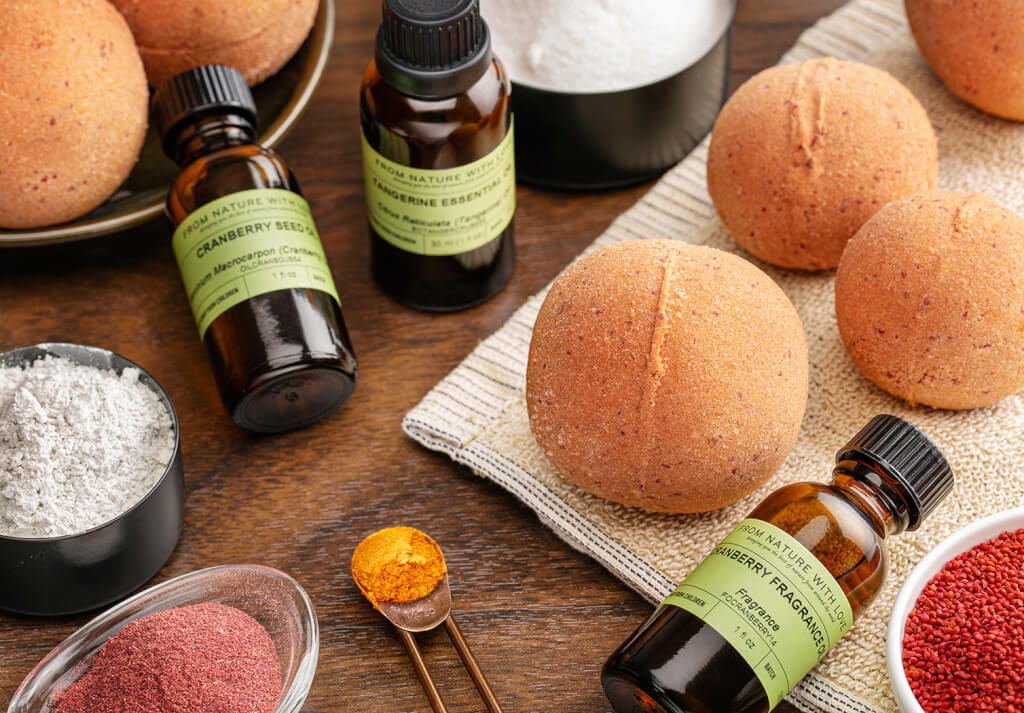Our Best Bath Bomb Recipes: Cranberry Tangerine Bath Bombs