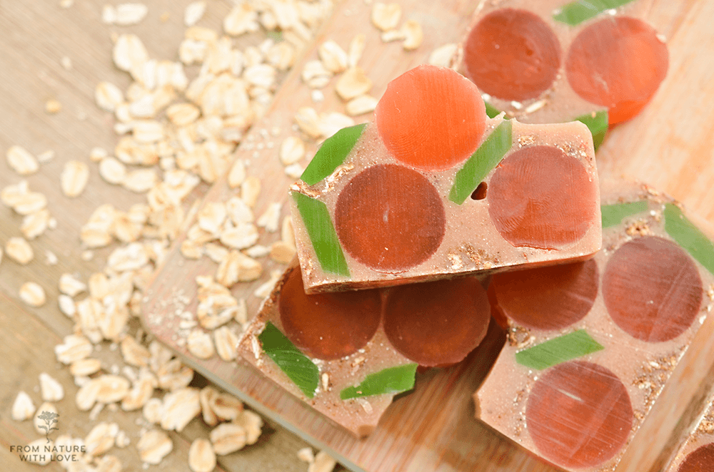 How to Make Glycerin, Oatmeal and Apricot Soap Bars